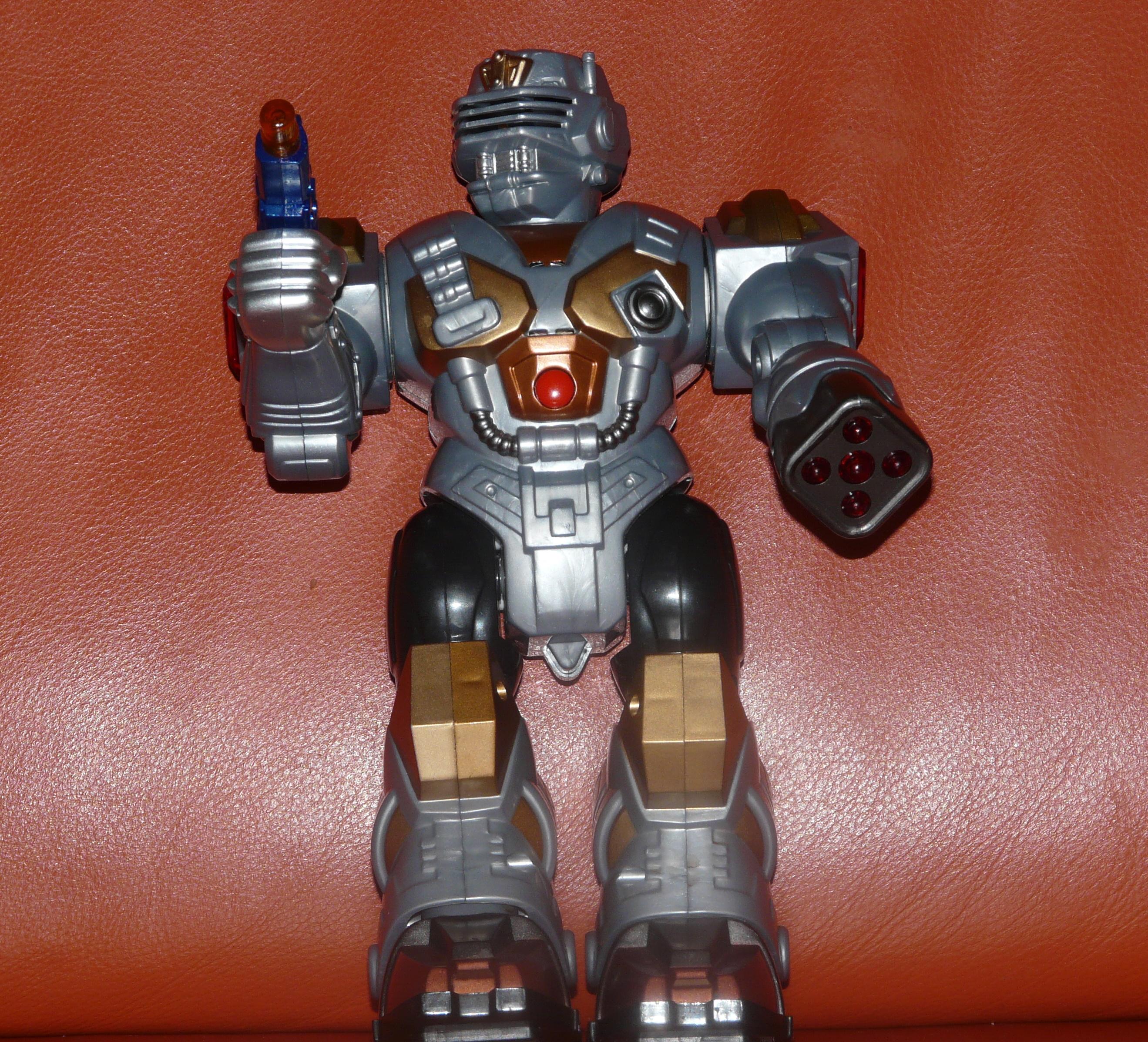 Наш  робот Джонни