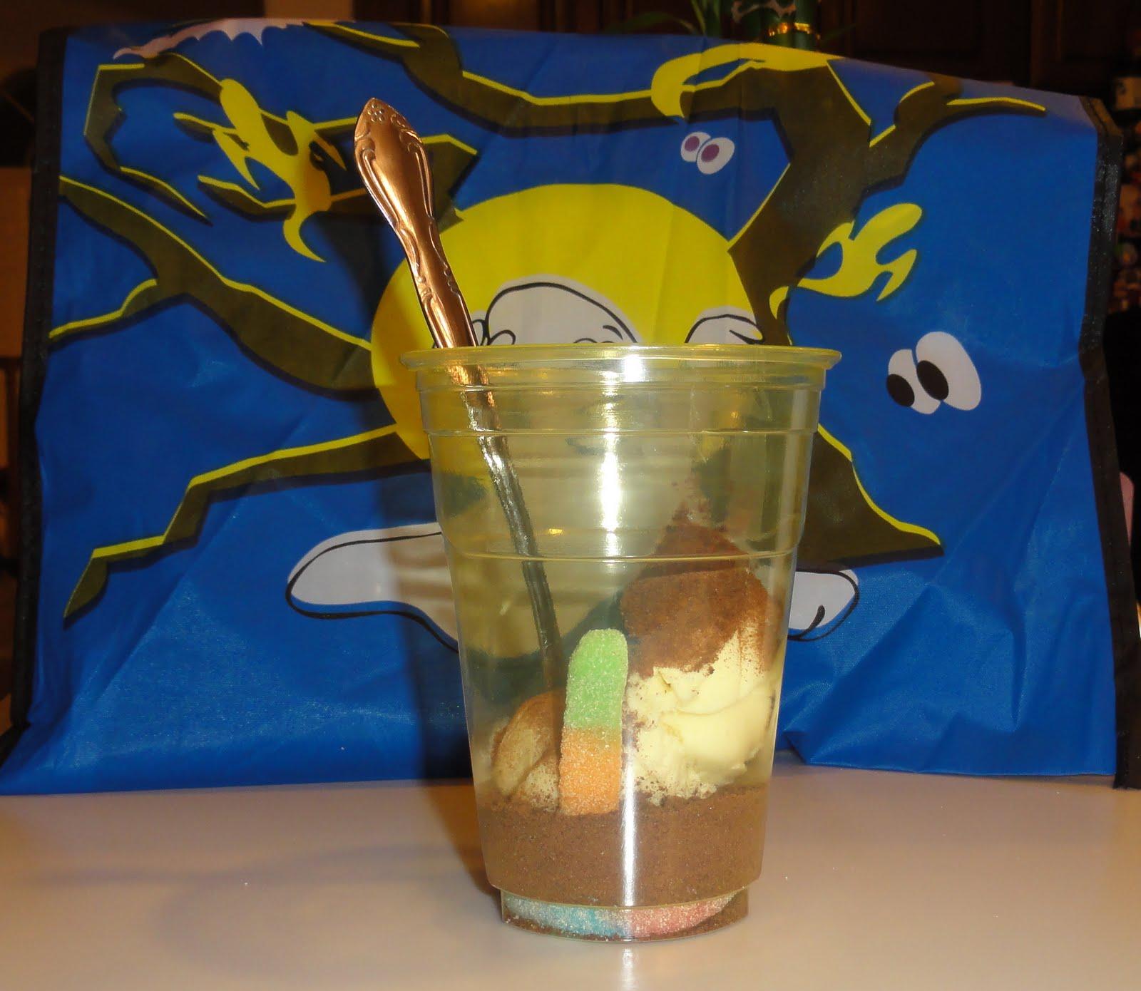 """Мороженое """" с червяками"""""""