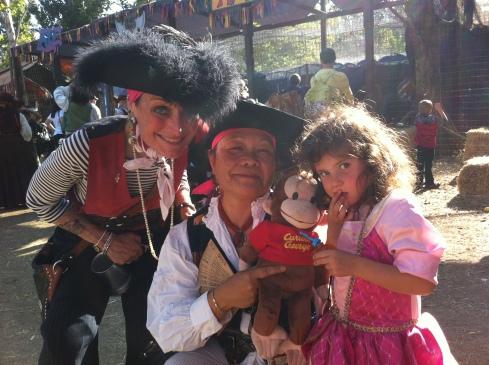 Джордж с пиратками
